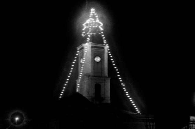 Noworoczna iluminacja ratusza z 1930 roku