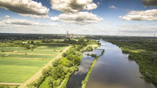 Kanał Wisły należący do Elektrowni Połaniec ma około 2 kilometrów długości
