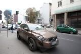 Stłuczka trzech aut  na skrzyżowaniu ulic Sienkiewicza i Nawrot