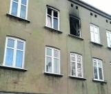 Wynieśli psa z płonącego mieszkania. Do pożaru doszło w kamienicy w centrum miasta