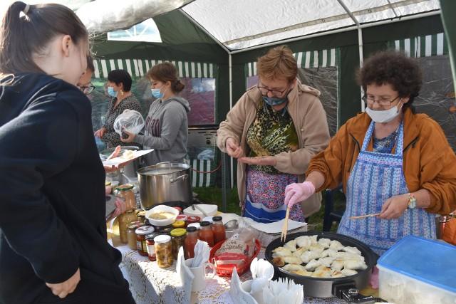 To nie jedyna impreza kulinarna w gminie Sicienko. W październiku organizowany jest tu Jesienny Jarmark Kruszyński, na którym także kupić można lokalne produkty