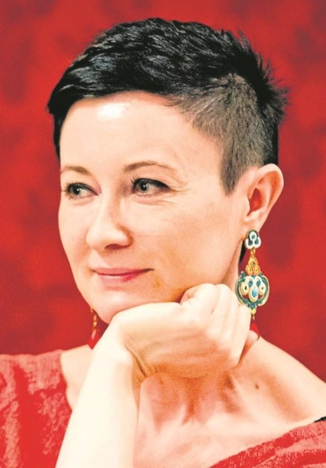"""Ginie idea sięgania po klasykę - mówi Dana Łukasińska, autorka """"Antyhony"""""""