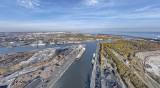 Port Gdanski Eksploatacja SA inwestuje. Nowy żuraw zwiększy możliwości przeładunkowe