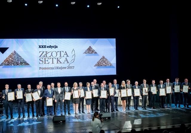 """Ubiegłoroczna gala """"Złotej Setki Pomorza i Kujaw"""" odbyła się 21 maja. W tym roku zwycięzców, 23. edycji tego największego lokalnego rankingu organizowanego przez """"Gazetę Pomorską"""", poznamy podczas gali - 17 czerwca"""