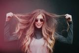 TOP 5 produktów, które poprawią kondycję skóry głowy i włosów [GALERIA]