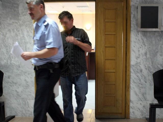 W piątek sprawca został decyzją sądu tymczasowo aresztowany.
