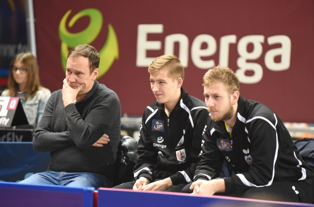 Prezes Krzysztof Piotrowski (z lewej) liczy na to, że ostatnie sukcesy Tomasza Kotowskiego natchną resztę zespołu Energi Manekina