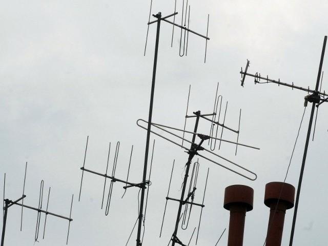 Zdaniem prawników wspólnota nie może zakazać mieszkańcom montażu anten.