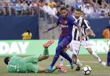 FC Barcelona - Juventus 2:1. Popis Neymara, udany debiut Szczęsnego [SKRÓT MECZU]