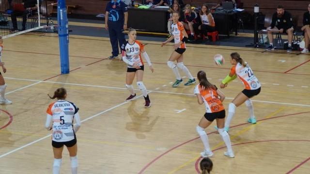 Siatkarki KSZO Ostrowiec przegrały pierwszoligowy mecz w Opolu 0:3.