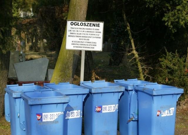 Nasza Czytelniczka podkreśla, że nie tylko ona uznała, iż śmietnik jest miejscem nieodpowiednim na takie informacje.