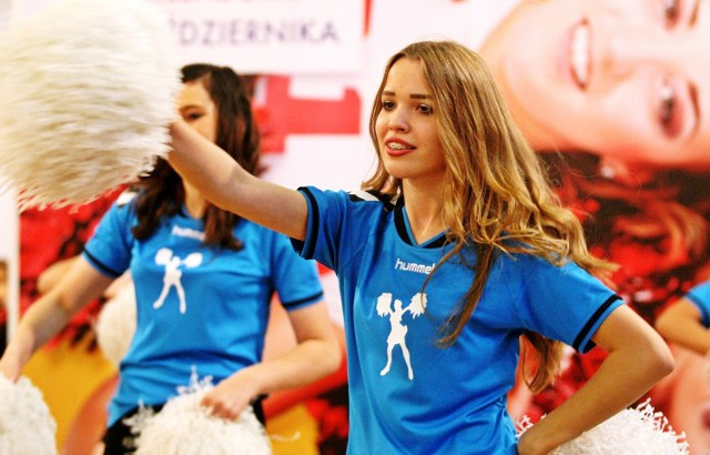 Wystąpują: Baltica Cheerleaders, Dancing Stars, Emotion Cheerleaders, Cheerleaders Flex Sopot, Cheerleaders, Sharks Dance Team i Silver Team