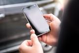"""Uwaga nie tylko na telefony """"z banku"""". To oszuści chcą wyłudzić nasze dane"""