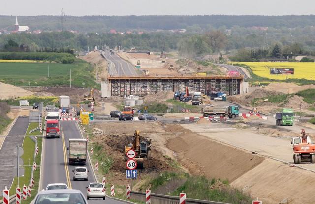 Budowa drogi ekspresowej S3 północ w województwie dolnośląskim podzielona jest na 5 zadań inwestycyjnych