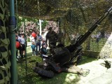 Dzień Otwartych Koszar w Łomży. Mieszkańcy bawili się na pikniku militarnym [zdjęcia]