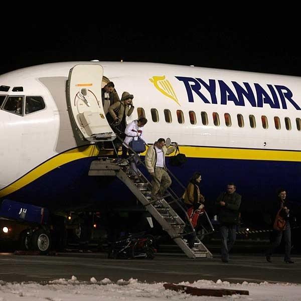 Pierwsi pasażerowie nie ukrywali zadowolenia z uruchomienia nowego połączenia lotniczego Rzeszów - Dublin.