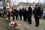 Dzień Pamięci Żołnierzy Wyklętych - wojewoda złożył kwiaty przed Pomnikiem Państwa Podziemnego