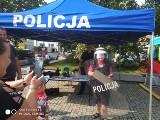 Policjanci w Białobrzegach bawili się z dziećmi na festynie rodzinnym