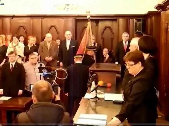 W poniedziałek, podczas pierwszej sesji Rady Miasta, którą otworzył radny senior, Bogdan Błaszczyk, nowowybrani kołobrzescy radni złożyli ślubowanie. W głosowaniu tajnym wybrali też przewodniczącą Rady.