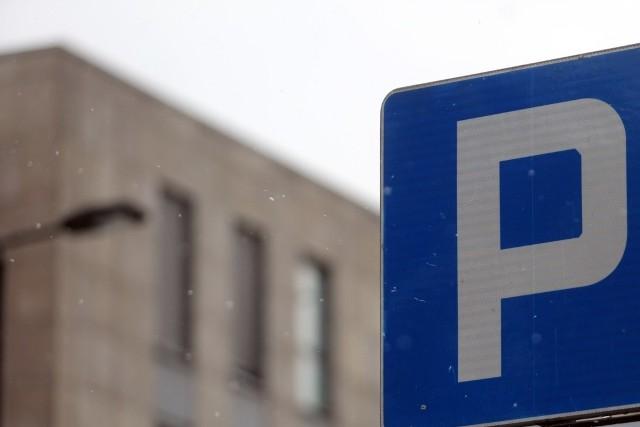 Wechta zaproponował parking 2 km od domu