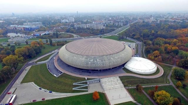 Ma dopiero dwa lata, a już urosła do miana symbolu Krakowa. Tauron Arena Kraków przy ul. Stanisława Lema to największa hala widowiskowo-sportowa w Polsce, która może pomieścić ponad 20 tys. widzów