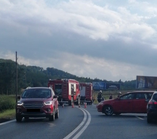 Wypadek na DK8 pomiędzy Bardem a Kłodzkiem 12.09.2021