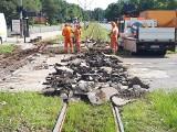 Ruszył remont torowiska na skrzyżowaniu al. Politechniki i ul. Obywatelskiej. Zmiany dla kierowców i pasażerów. ZDJĘCIA