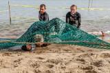 Runmageddon Gdańsk 2020. Niedzielny classic na plaży w okolicach Ergo Areny. Zobaczcie, jak radzono sobie z piachem i wodą [ZDJĘCIA]