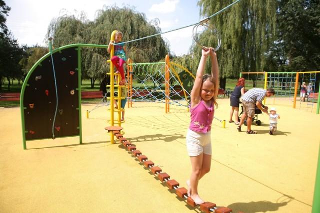 Plac zabaw w Rowie Wełnowieckim