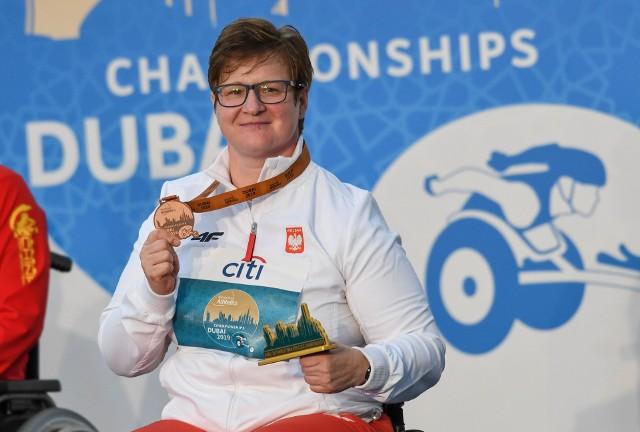 Lucyna Kornobys podczas paralekkoatletycznych mistrzostw świata w Dubaju (2019) zdobyła brązowy medal w rzucie oszczepem.