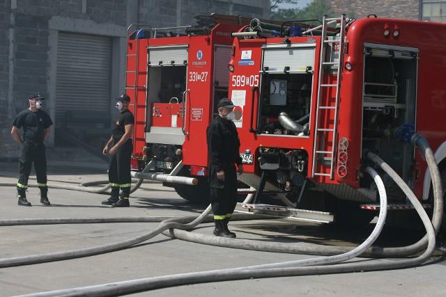 Na miejsce do akcji gaśniczej zostało zadysponowanych 11 zastępów straży.