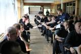 Turniej par patrolowych: Policjanci pisali test, strzelali, sprawdzali swoją sprawność [ZDJĘCIA]