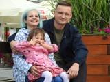 W walce z ciężką chorobą małej Nastce pomagał cały Białystok. Dziewczynka właśnie zakończyła leczenie, a wyniki są dobre