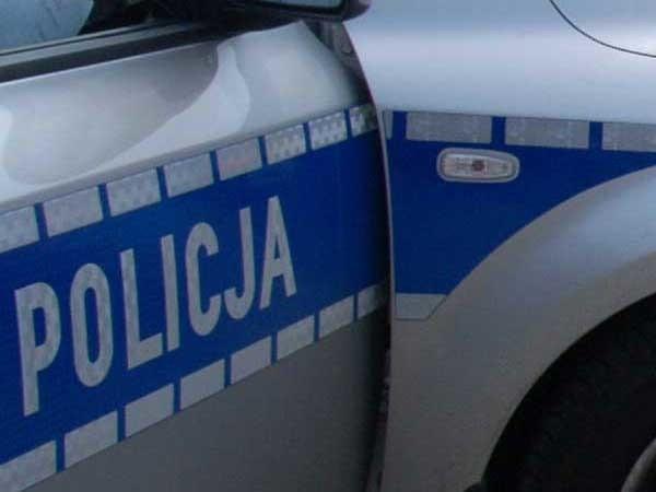 W poniedziałek wieczorem doszło do potrącenia pieszego w Będzinie koło Koszalina.