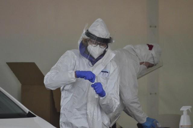 Ponad 1700 zakażeń koronawirusem stwierdzono ostatniej doby w Polsce.