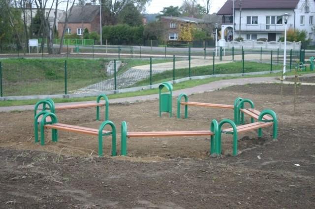 Teren rekreacyjno-sportowy w Strojcu został oddany do użytku.