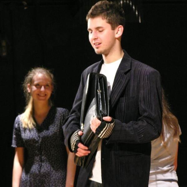 Dla Przemka Tadli udział w spektaklu będzie debiutem na scenie.