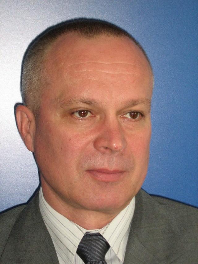 Izba Skarbowa w Kielcach ma szefa21 marca 2013 Andrzej Sipta otrzymał oficjalną nominację na stanowisko dyrektora Izby Skarbowej w Kielcach.