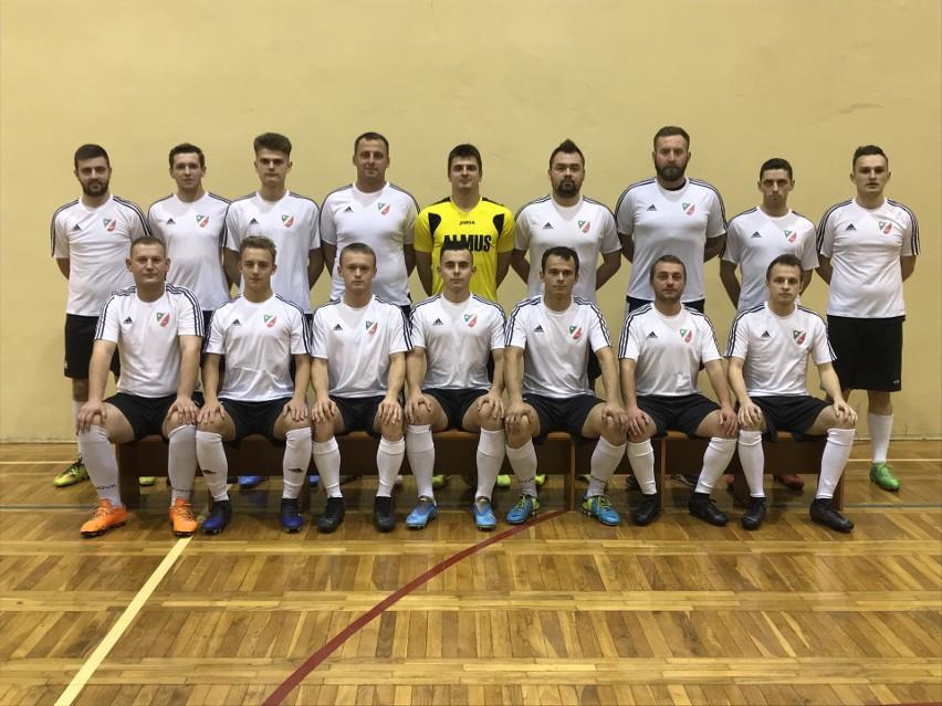 Klasa B, Kraków, grupa I - 1. miejsce, 12 meczów, 29...
