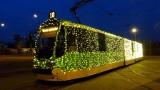 Świąteczna Bimba w Poznaniu w nowej formule. Przystrojony lampkami tramwaj będzie kursował codziennie na stałych liniach