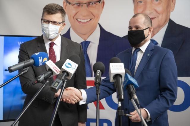 Maciej Masłowski zrezygnował ze startu w wyborach na prezydenta Rzeszowa. Poparł Marcina Warchoła.