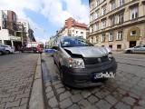 Wypadek na Kościuszki. Zderzenie dwóch samochodów osobowych (ZDJĘCIA)