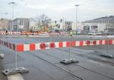 """Łódź dostanie pieniądze na inwestycje od rządu PiS. Ile? """"Nie wiem, czy to wystarczy na budowę chodnika"""""""