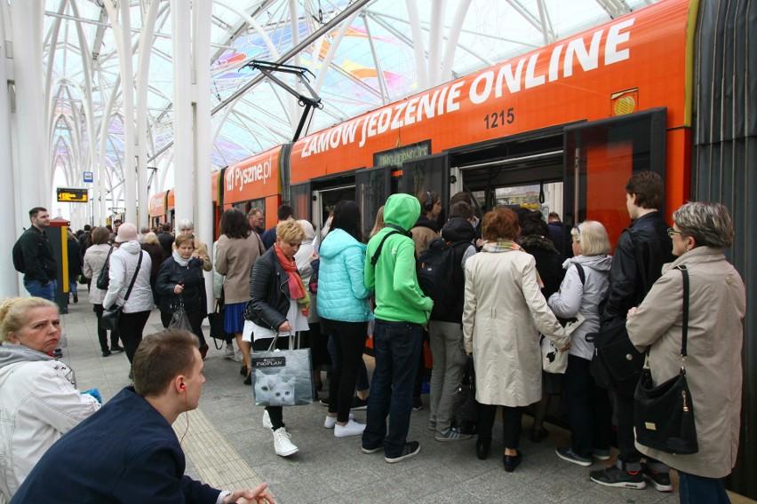 9. Transport publiczny...