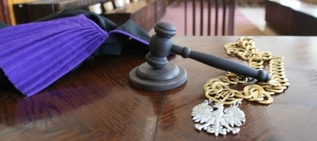 Do Sądu Rejonowego w Katowicach trafił akt oskarżenia przeciwko 73 osobom