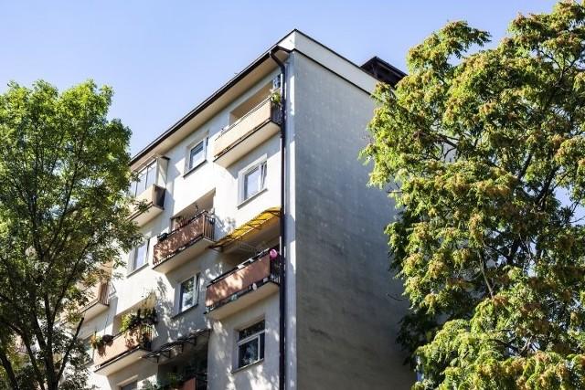Oprócz mieszkańców popegeerowskich bloków, po zmianach w prawie z pomocy na termomodernizację będą mogli skorzystać także mieszkańcy innych budynków wielorodzinnych