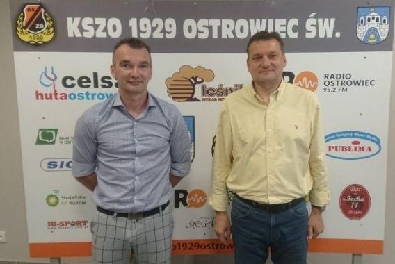 Przemysław Cecherz (z prawej) znowu poprowadzi KSZO Ostrowiec.