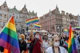 """""""Jesteśmy najnormalniejsi w świecie"""". Wiec poparcia dla LGBT+ w Gdańsku 20.08.2020"""
