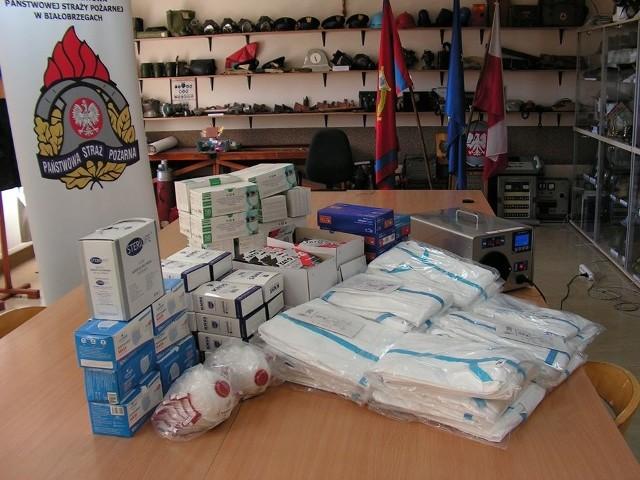 Do Komendy Powiatowej Państwowej Straży Pożarnej w Białobrzegach dotarł już sprzęt ochrony przed koronawirusem kupiony przez komendę wojewódzką w Warszawie.
