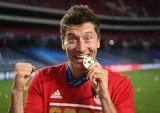 Lewandowski wraca do gry o rekord, Tottenham chce trofeum po 13 latach
